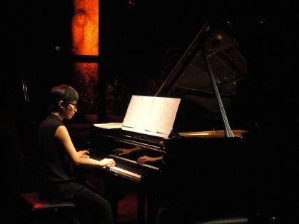 lan-cao-piano-recital-cologne-nha-hat-stadtgarten-8-8-14